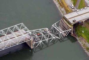 I-5 bridge collapses over Skagit river in Washington state